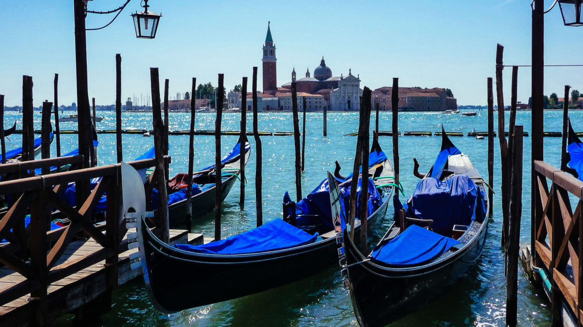 Italy, Travel Photographer, Vin Images
